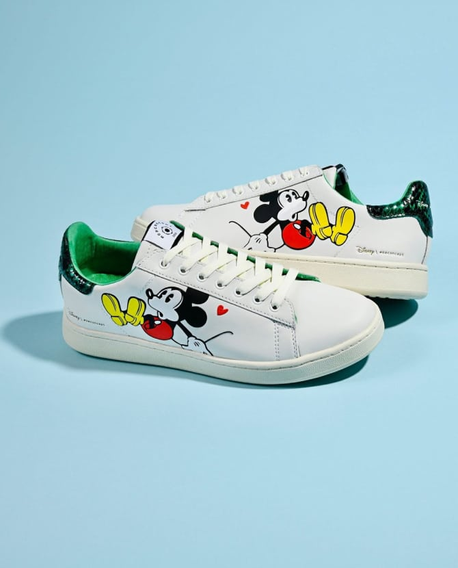 <strong>NEW IN: MASTER OF ARTS</strong>Who says you have to grow up? Discover the Master of Arts x Disney collection.